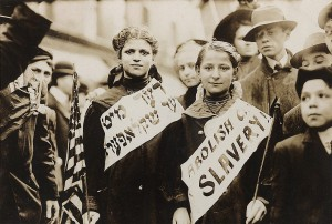 Protest_against_child_labor_in_a_labor_parade